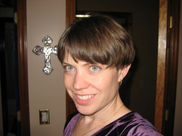 April with the shortest haircut ever in 2005 - when I didn't care about Greg's feelings much